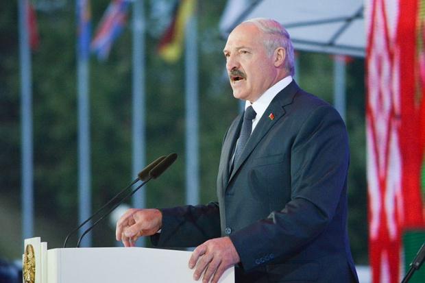 Łukaszenko zapowiada ostre ograniczenia budżetowe