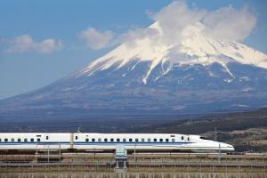 Indie zbudują KDP w systemie Shinkansen