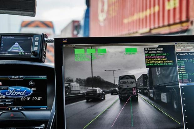 Ford pracuje nad systemem autonomicznej jazdy