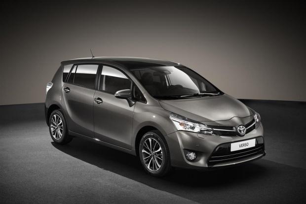 Toyota odświeża Verso