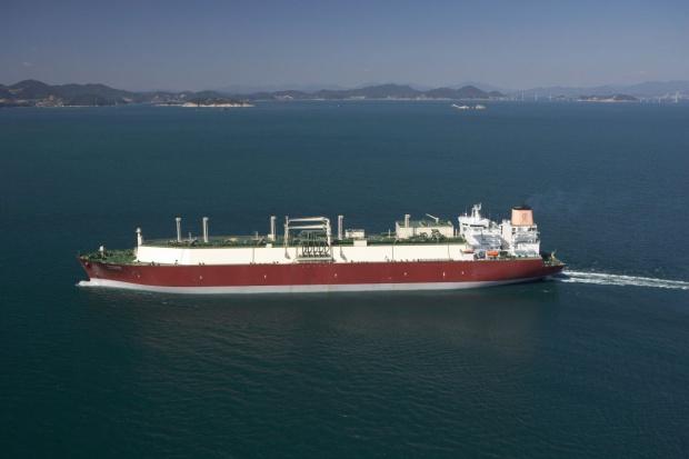 Pierwszy statek z LNG dla Polski już w piątek