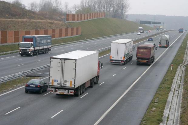 Tranzyt mało znaczącą pozycją polskich transportowców