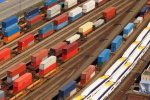 Grecy wpuszczają konkurencję na rynek cargo kolejowego
