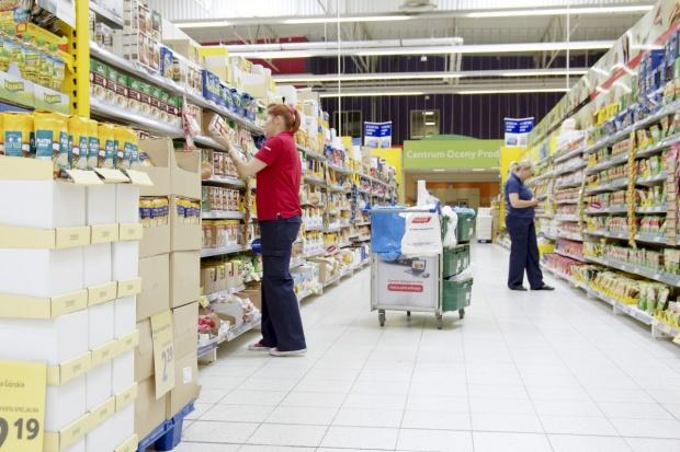 Podatek od supermarketów w konsultacjach na początku stycznia