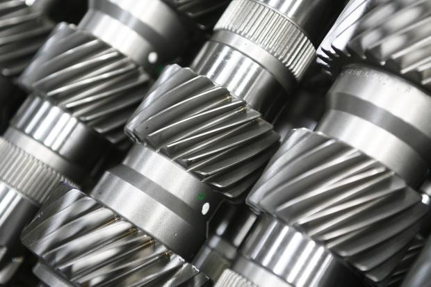 GUS: produkcja przemysłowa w listopadzie o 7,6 proc. wyższa rdr