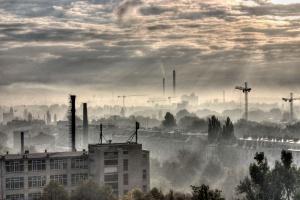 W stolicy Chin znowu najwyższy alert z powodu smogu