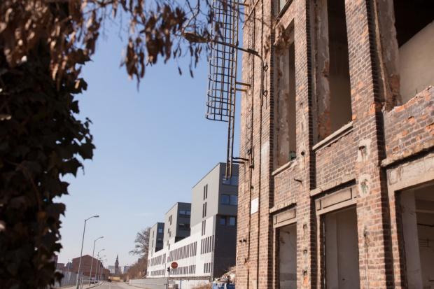 Rewitalizacja terenów przemysłowych: by komercyjny sukces nie był porażką miasta