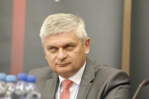 Zbigniew Stopa, prezes LW Bogdanka <br /> <br /> - Mimo iż działamy w bardzo trudnych warunkach, na które znaczący wpływ mają nie tylko kryteria czysto rynkowe, udaje nam się utrzymywać dobry poziom zarówno wydobycia, jak i sprzedaży węgla.