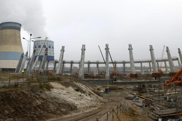 Ważny etap budowy nowego bloku w Jaworznie zakończony