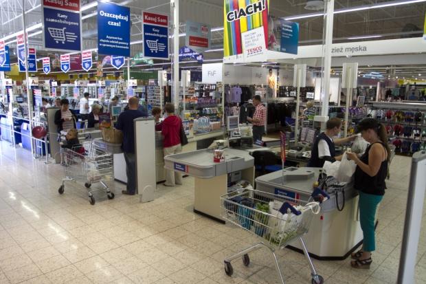 Posłowie z handlowcami: podatek od obrotu a nie od powierzchni hipermarketów