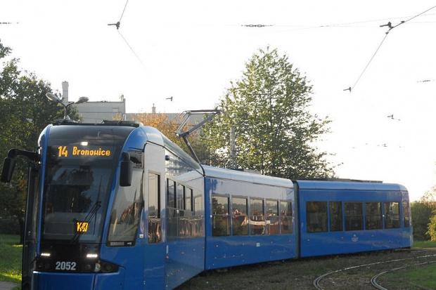 W Krakowie lepsza jakość powietrza, koniec darmowej komunikacji