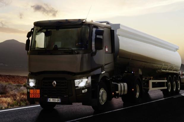 Tanker - propozycja Renault Trucks do przewozów ADR