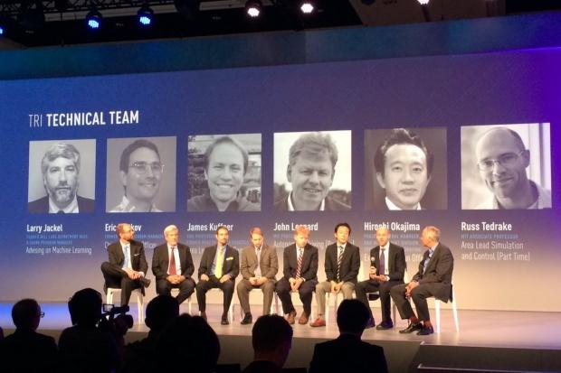 """""""Dream Team"""" Toyoty do prac nad autami przyszłości"""