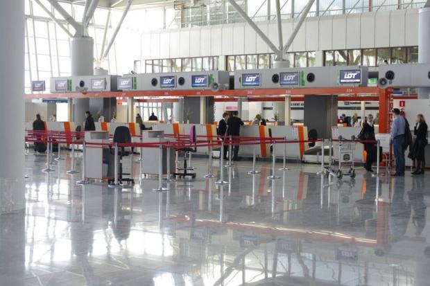 Lotnisko Chopina najpunktualniejszym średnim portem na świecie