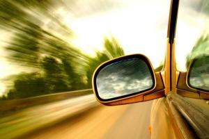 Ograniczenia dla młodych kierowców