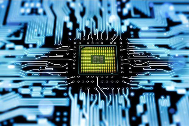 Jak sztuczna inteligencja może pomóc sektorowi energetycznemu?