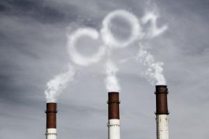 Państwo zarabia na uprawnieniach do emisji CO2. W II tegorocznej polskiej aukcji cena prawie 9 euro