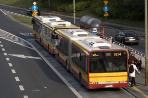GUS: w 2015 r. spadek w transporcie towarów i pasażerów