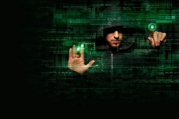 Energia kontra wirusy. Jak zadbać o bezpieczeństwo informatyczne w przemyśle