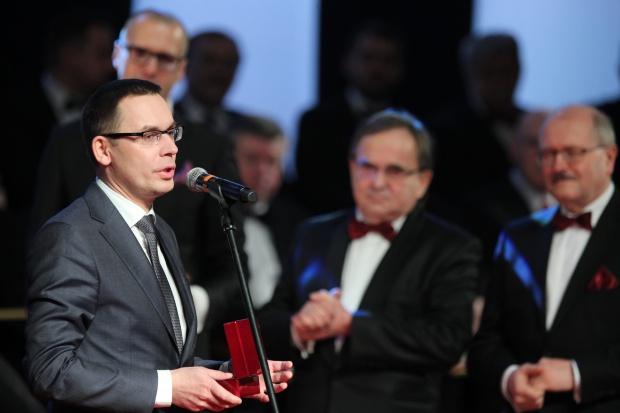 """""""Dobrze, że jesteście"""": Laury Regionalnej Izby Gospodarczej w Katowicach rozdane"""