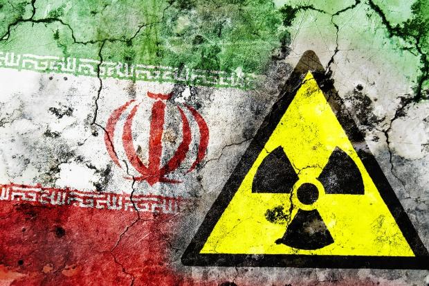 Eksperci chwalą umowę nuklearną, ale pozostają nieufni wobec Iranu