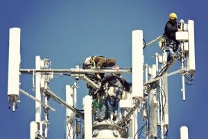 Jest zgoda na dużą telekomunikacyjną fuzję w USA