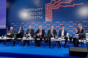 Polska gospodarka. Czas na nowy model - opinie