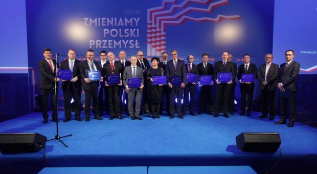 """Tytuły """"Tego, który zmienia polski przemysł"""" za 2015 rok nadane"""