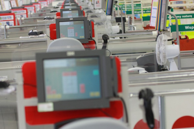 Ekspert: opodatkowanie supermarketów na Węgrzech wzmocniło rodzimy biznes