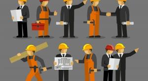 Badanie: spadł poziom rotacji pracowników między firmami