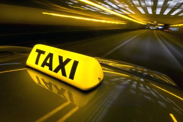 Kolejny protest taksówkarzy przeciwko Uberowi