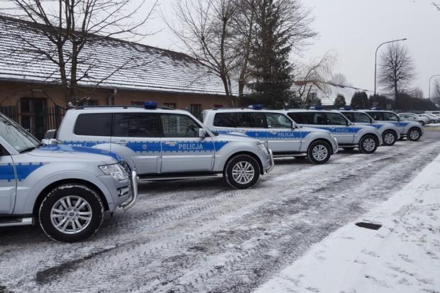 6 Pajero dla małopolskiej policji