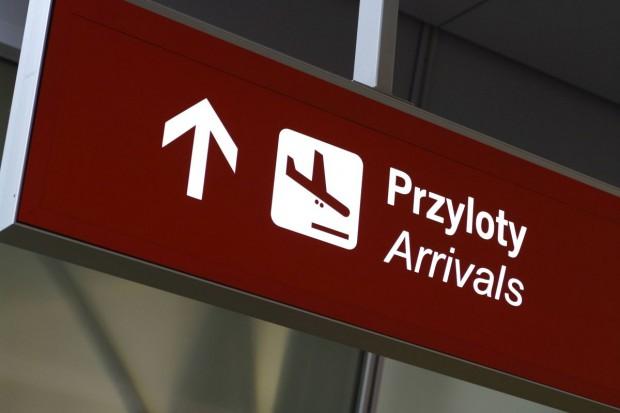 Alarm bombowy na lotnisku w Modlinie. Wielu zatrzymanych