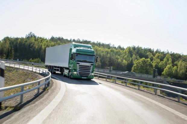 Przybywa ciężarówek Scania z systemem telematycznym