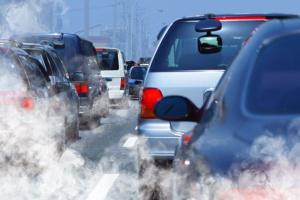 Raport NIK o zanieczyszczeniu powietrza spalinami samochodowymi