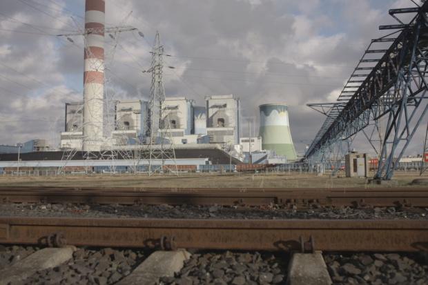 PGE szacuje 3 mld zł straty netto za 2015 rok