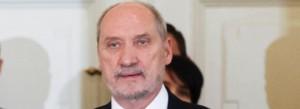 Szef MON: dwa śmigłowce do testów trafią do polskiej armii