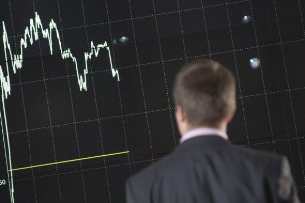 Słaby luty na GPW, spadek aktywności inwestorów