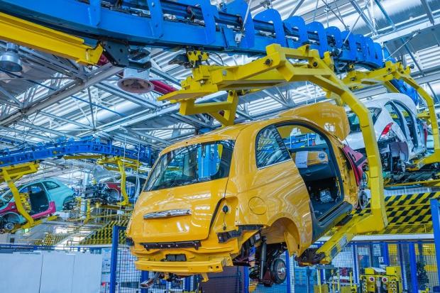 Początek roku: 55 tysięcy aut z zakładów w Polsce