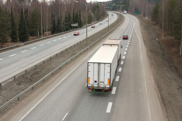 Polscy przewoźnicy drogowi nie mogą już jeździć do Rosji