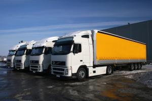 Sprzedaż usług w transporcie rośnie, choć nieco wolniej