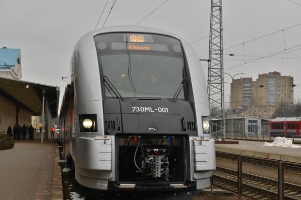 PESA rozpoczęła dostawy pociągów na Litwę