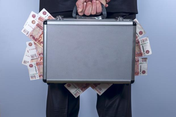 CBŚP: trzej cudzoziemcy próbowali wyłudzić z banku 40 mln euro