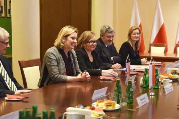 Polsko-brytyjskie rozmowy o CO2 i polityce klimatycznej