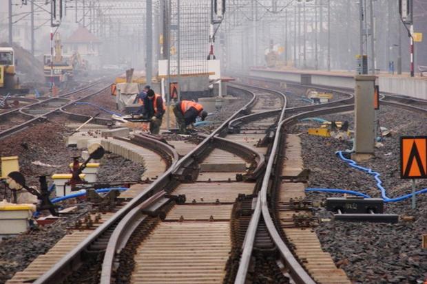 Niepokojąca kumulacja robót w budownictwie kolejowym