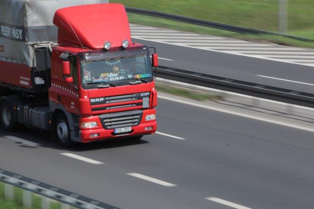KE ostrzega Polskę ws. opłat za drogi od ciężarówek