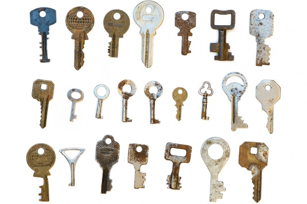 Kluczem, nie wytrychem