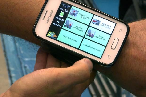 Jakość Fordów jest sprawdzana smartfonem