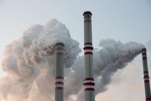 Polska źle wykorzystuje darmowe uprawnienia do emisji CO2 dla elektroenergetyki