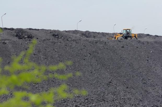 W kwietniu kopalnie sprzedały pół miliona ton węgla więcej niż wydobyły